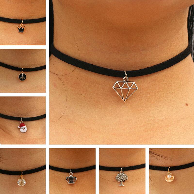 Choker Halsketten Frauen Schwarz Samt Wildleder Leder Kette Kurze Collares Modeschmuck Krone Frieden Gothic 90er Bijoux Steampunk