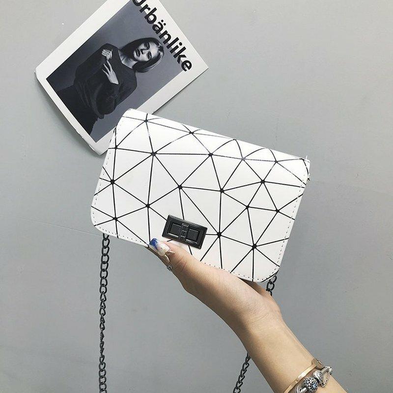 여성용 가방 2020 유행 숄더백 여성용 메신저 백 핸드백 체인 야생 균열 인쇄 야생 크로스 바디 백