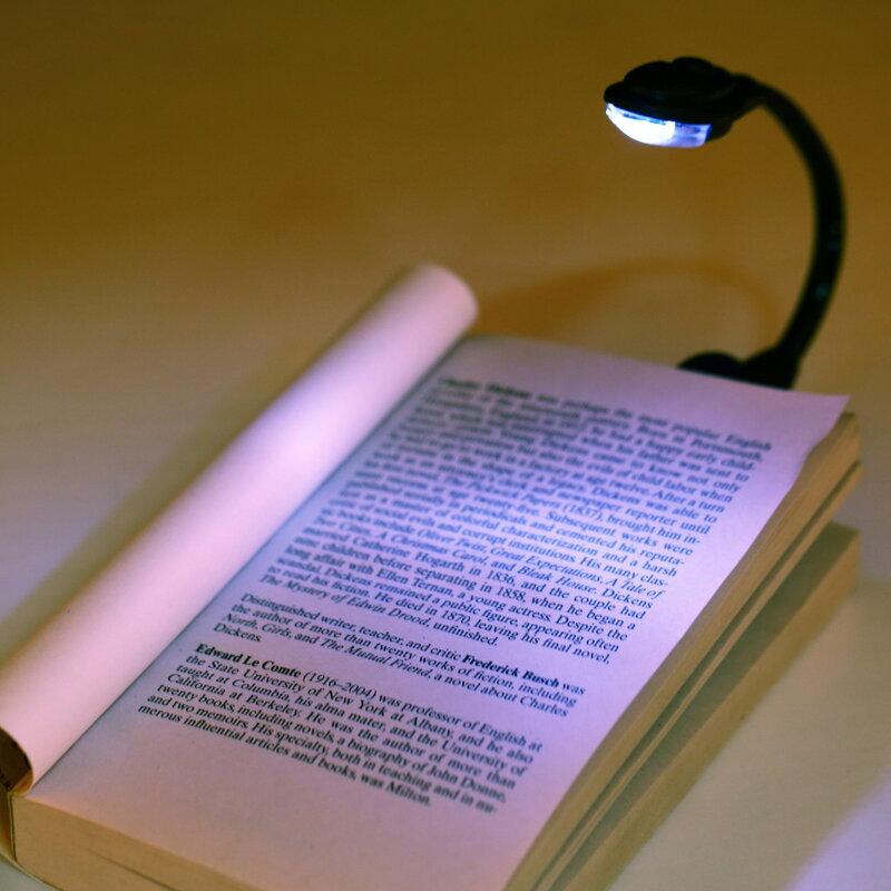 1 stücke Mini Flexible Clip-On Hell Book Light Laptop Weiß FÜHRTE Buch Lesen Licht Lampe Weltweit Drop Verschiffen neueste Hot Suche