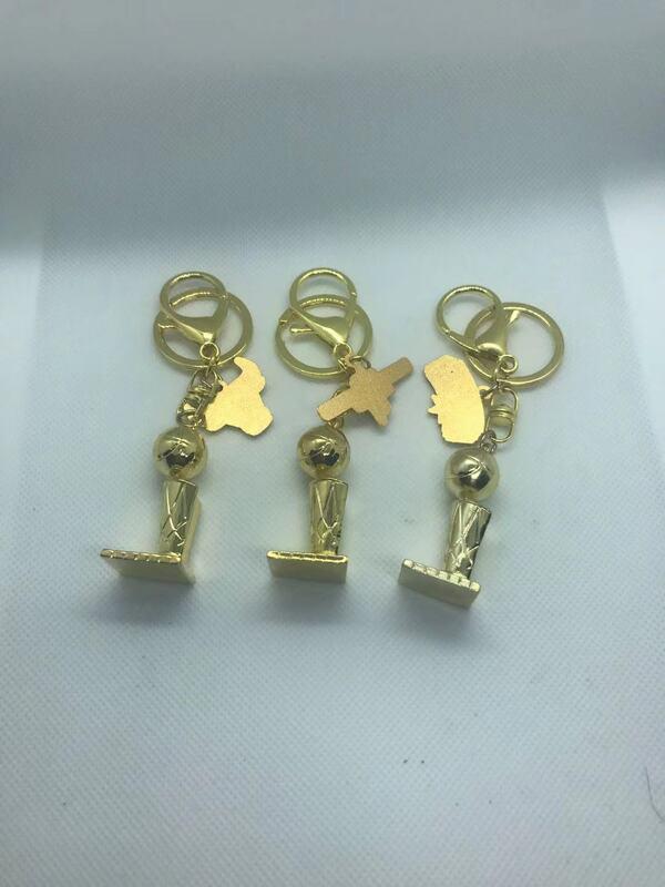 농구 미니 트로피 키 체인, 농구 팀 챔피언 십 트로피 키 체인 팬 기념 선물 가방 장식품 작은 선물