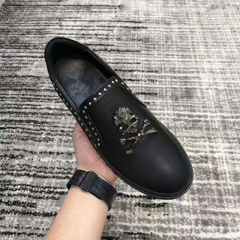 Handmade czarny Rhinestone czaszka męskie skórzane mokasyny wesele mężczyźni buty luksusowe białe szlachetne eleganckie buty sukienka dla mężczyzn