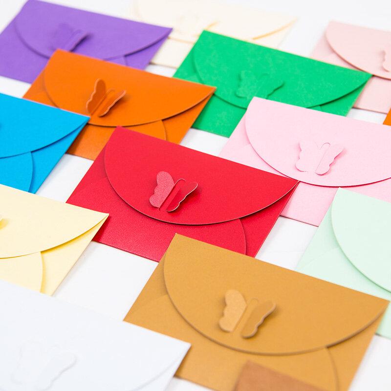 10 pz/lotto 10.5*7CM colorato farfalla fibbia buste di carta Kraft semplice amore retrò fibbia decorativa piccola busta di carta