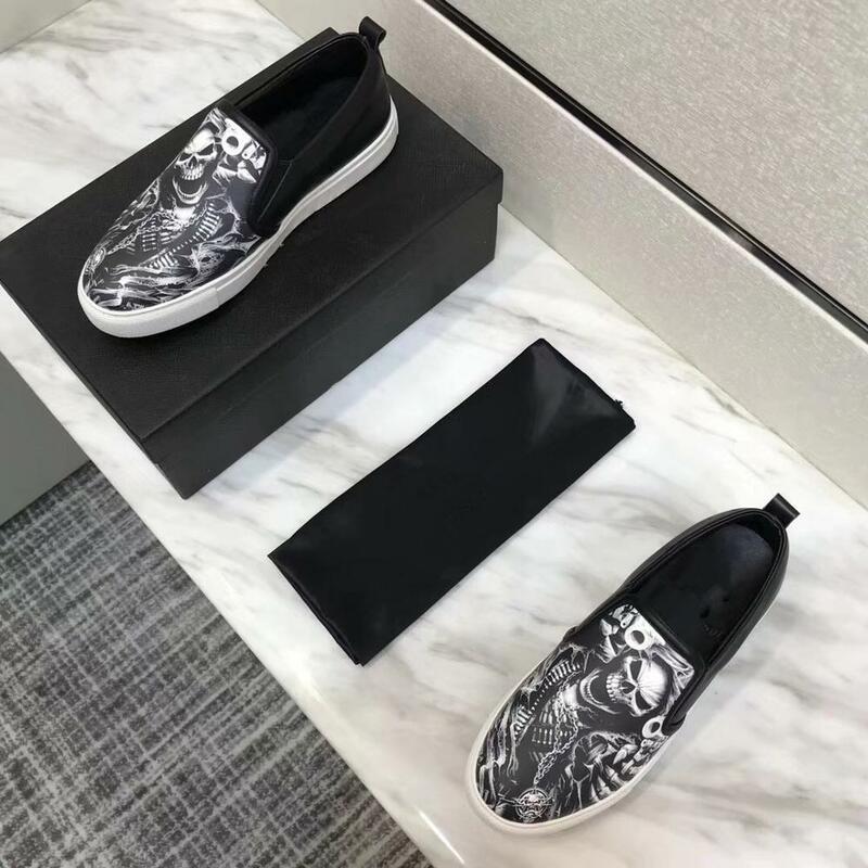Mocasines de piel auténtica para hombre, zapatos de fiesta a la moda, suaves, planos, cómodos, zapatos informales para conducir