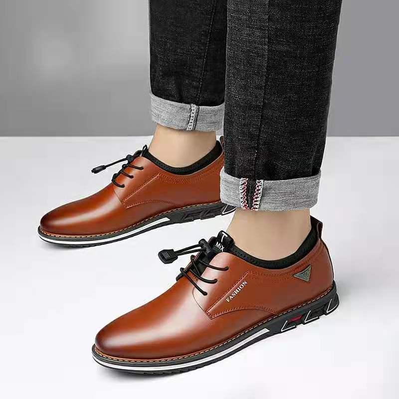2020 nouveaux hommes chaussures en cuir de vachette en cuir chaussures hommes confortable bas-haut britannique décontracté unique chaussures en cuir chaussures formelles