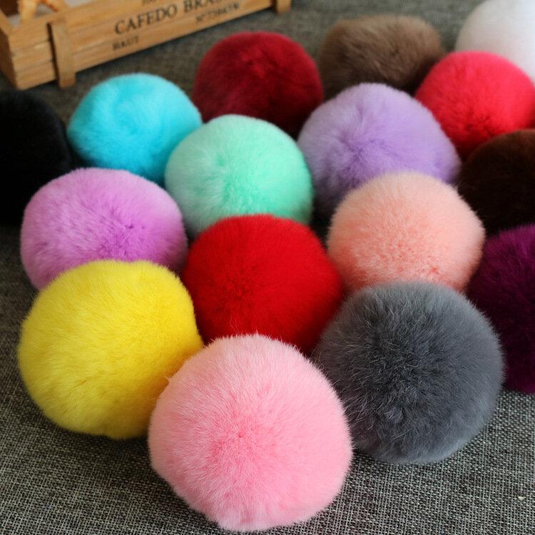 كرة فرو حقيقية 6 سنتيمتر ، 20 لونًا ، سلسلة مفاتيح ، بومبون فرو الأرانب ، سحر حقيبة DIY مع قطيفة