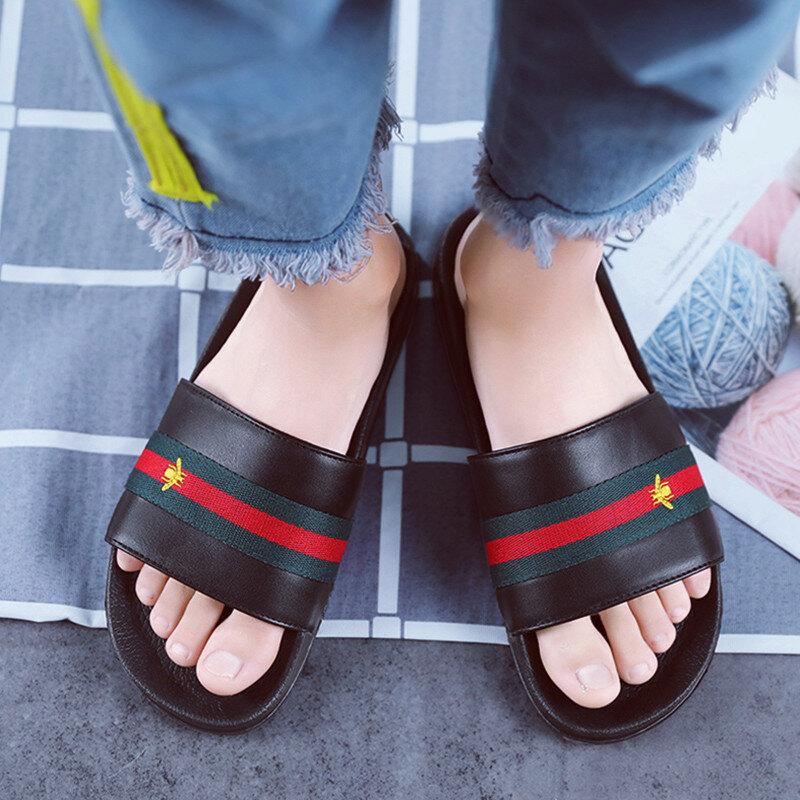Marque hommes pantoufles chaussures en cuir été chaussures souples mode mâle chaussures d'eau diapositives en plein air en caoutchouc plat hommes sandales chaussure de plage