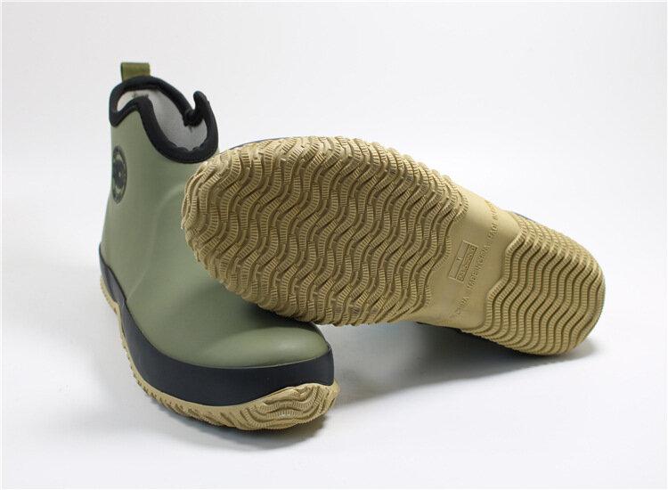 الرجال الانزلاق على احذية المطر مطاط مقاوم للمياه حذاء من الجلد في الهواء الطلق أحذية الصيد غير رسمية الطلاب أحذية المطر منصة الذكور الجوارب