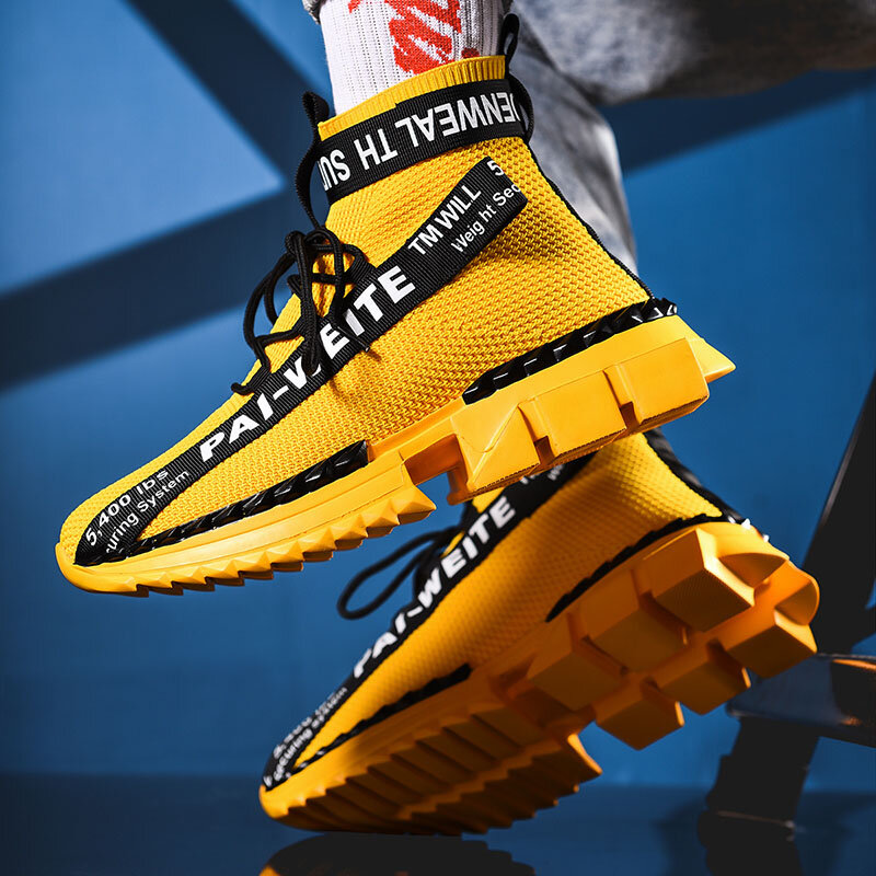 Baskets à la mode, haut de gamme, chaussettes respirantes chaussures hommes décontractées 2020 nouveau homme noir et blanc doux et léger grande taille Zapatos Hombre