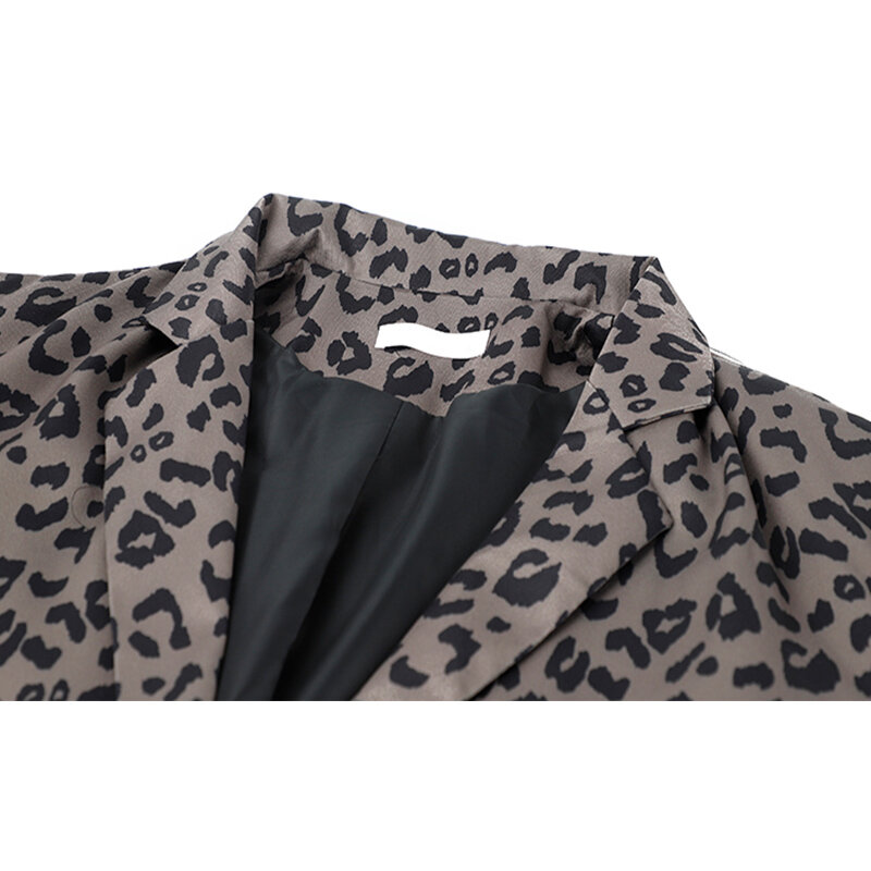 2021 سترة النساء ازياء السيدات مكتب الدعاوى الربيع الخريف الإناث عادية ليوبارد التلبيب معطف واحد الصدر طويلة الأكمام أبلى