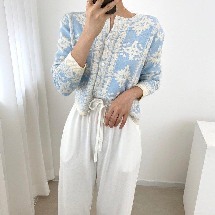 La señorita no coreano Chic exquisito bordado de flores manga larga cuello redondo-Breasted Chaqueta de punto abrigo de suéter para