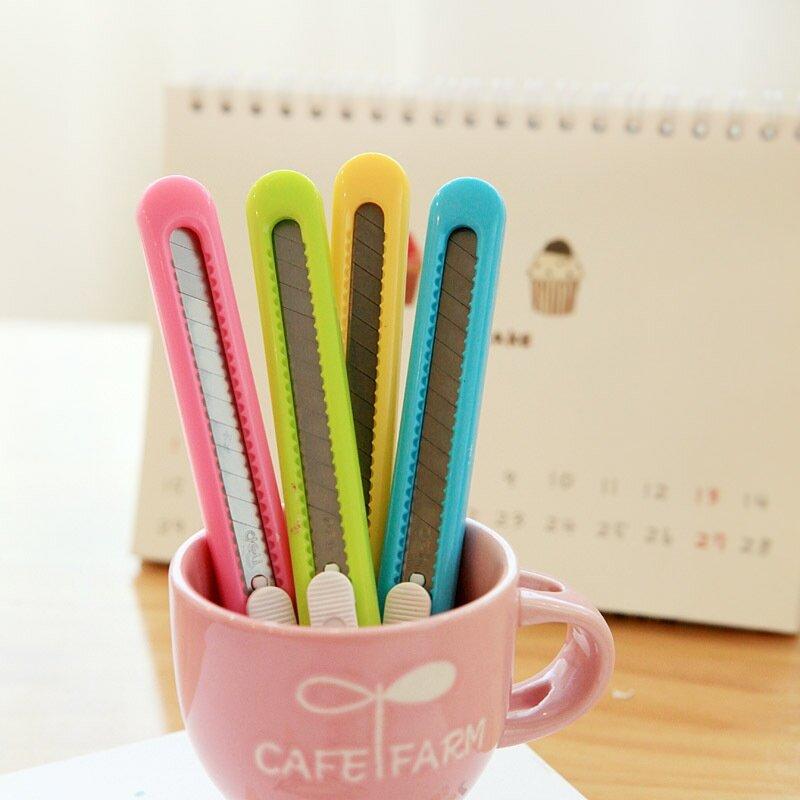 Deli Candy Color Mini Utility Knife Photo Box tagliacarte strumenti scolastici per ufficio forniture arte e artigianato