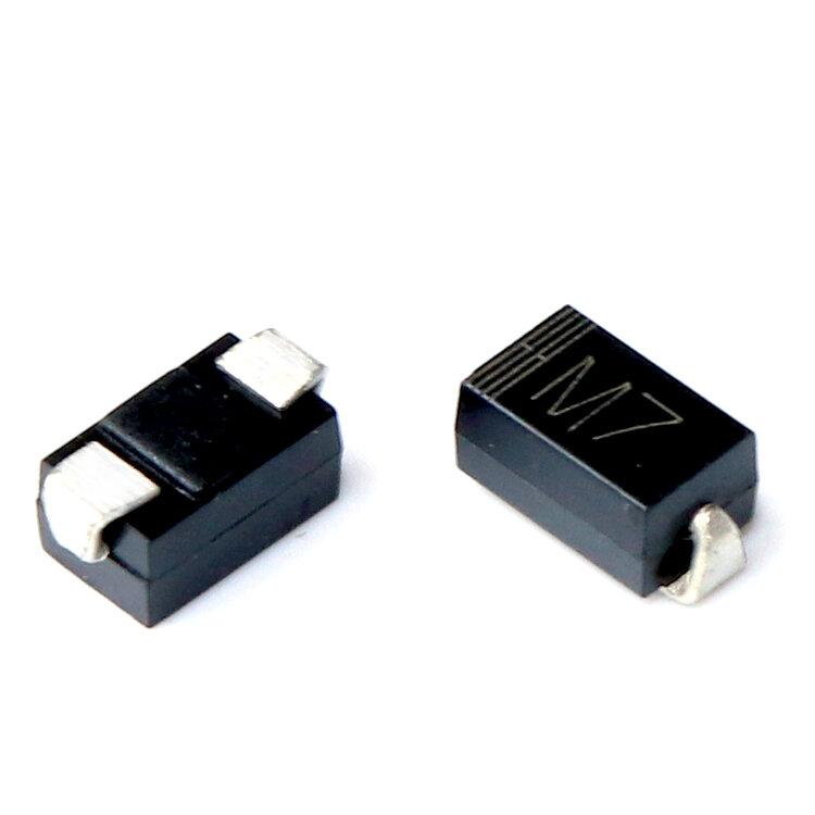 1N4007 M7 SMA المعدل ديود 100 قطعة/الوحدة