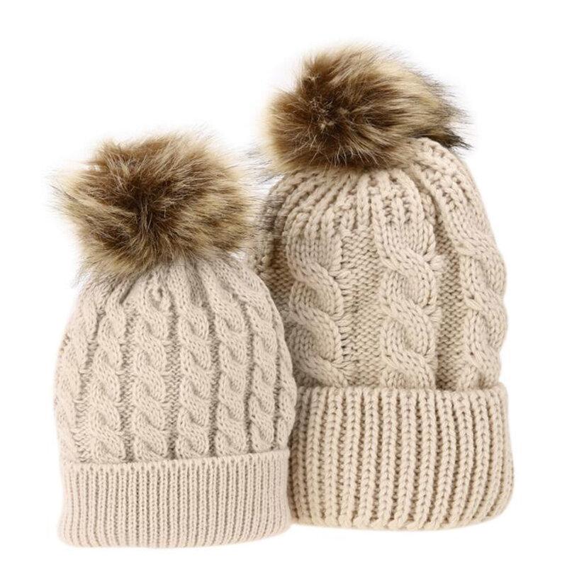 قبعات صوف متطابقة للأم والطفل ، قبعة شتوية من الصوف الكروشيه ، بوم بوم منك للأطفال