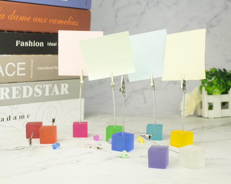 Farbe Cube Stehen Alligator Draht Foto Clip, Memo Karte Halter, Tisch Hochzeit Party Ort Favor, angepasst Geschenk Hinweis Klemme
