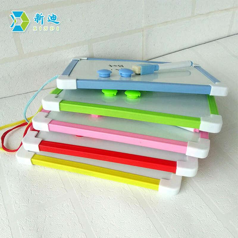 XINDI Magnetici Per Bambini Lavagna A Secco Pulire Bordo 5 Colori Mini Tavolo Da Disegno Bianco schede di 20.6*18.5 centimetri Piccolo Appeso Bordo trasporto Penna di Indicatore
