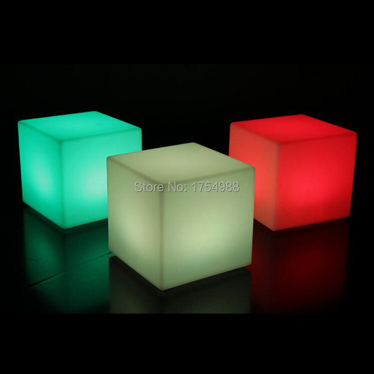 2015 무료 배송 충전식 led 큐브/led 큐브 좌석/led 글로우 큐브 스툴 led 발광 라이트 바 스툴 색상 변경 가능