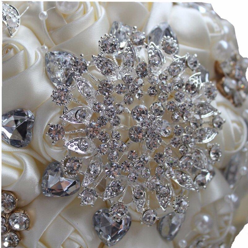 Best Vendita Avorio Crema Spilla Bouquet da Sposa Bouquet De Mariage Poliestere Bouquet da Sposa Fiori di Perle Buque De Noiva PL001