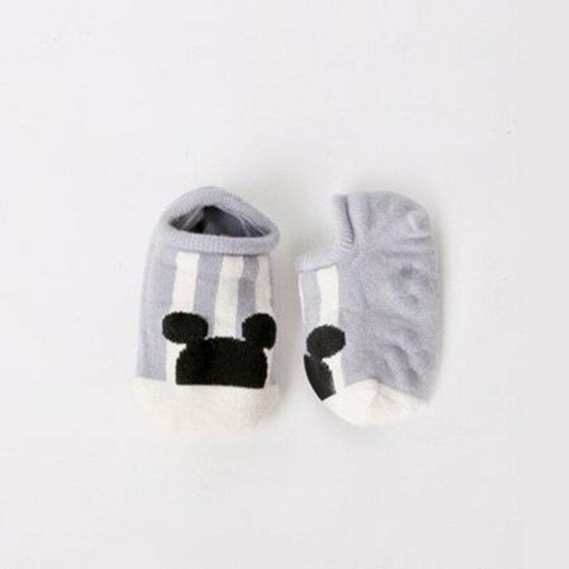 Neue Heiße verkauf Baumwolle Nette Jungen Mädchen Baby Socken Mode Cartoon Weichen Boden Baby Socke