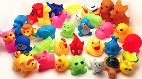 Flotador de goma suave de colores para bebé, juguete de baño de 13 Uds., encantador, animales mixtos