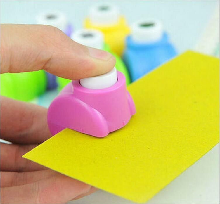1,5 cm Artesanías hechas a mano y Scrapbooking herramienta Mini perforadora de papel para la galería de tarjeta de regalo DIY perforadora YH11