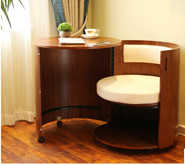 Camera da letto. Europeo scrivania del computer. Rimovibile in legno. Risparmiare spazio sulla scrivania