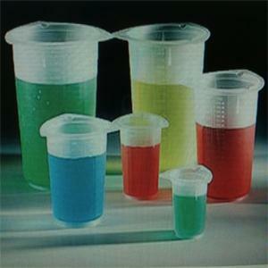 5 teile/satz Labor Kunststoff Beakers Absolvierte Becher Transparent Messbecher Chemische Labor Liefert 50/100/250/500 /100 0ml