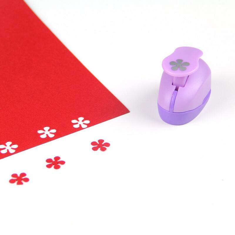 Mini perforadora de papel para tarjeta de regalo, Artesanías hechas a mano de 1,5 cm y herramienta de Scrapbooking, bricolaje, estampado YH08