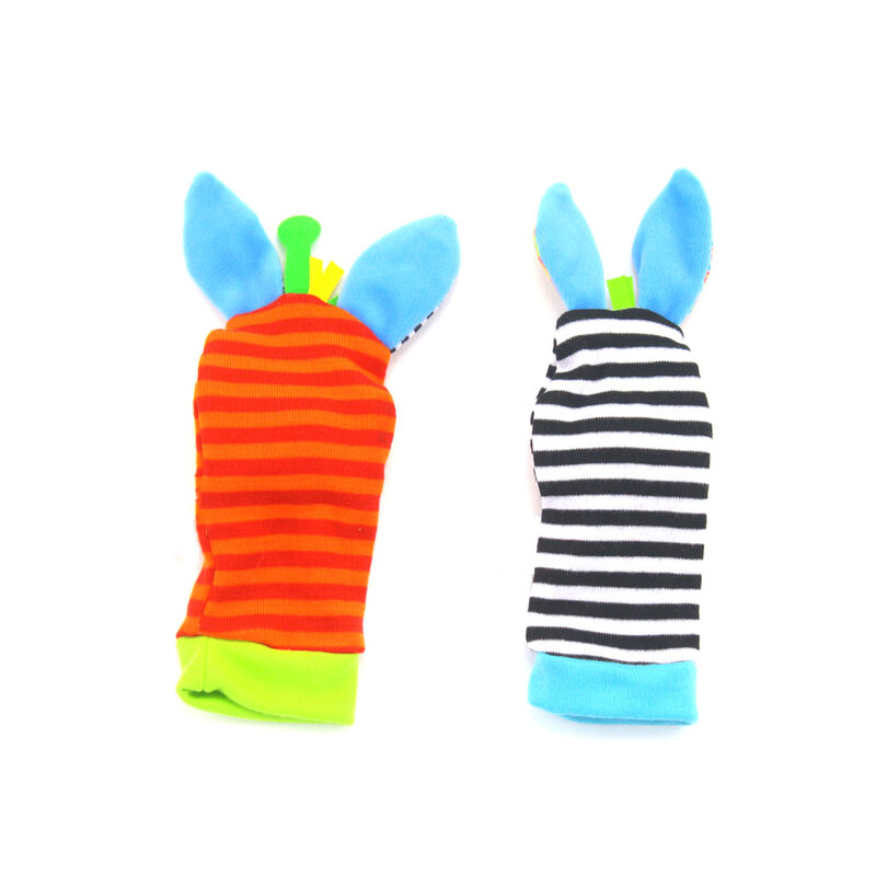 Bebé juguetes del traqueteo del bicho de jardín SONAJA de muñeca y pie calcetines dibujo animado Animal adorable bebé sonajeros y juguetes educativos regalo de Navidad