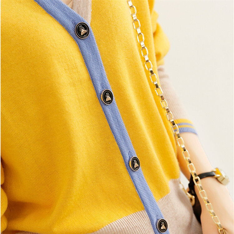 Fashionable and Beautiful Knitted Cardigan Coat for Women Contrast Color Sweater 2021 Women's New Temperament All-Matching