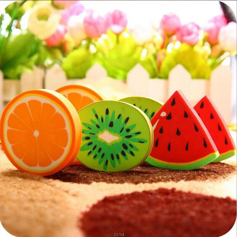1 pc/packCute di Frutta Fresca di disegno eraser Kawaii Anguria Arancia Kiwi gomme premio regalo di studenti di scuola forniture per ufficio